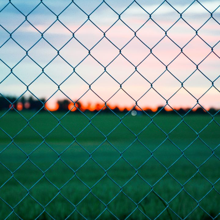 Things to Look For Before Purchasing Chain Link Fences